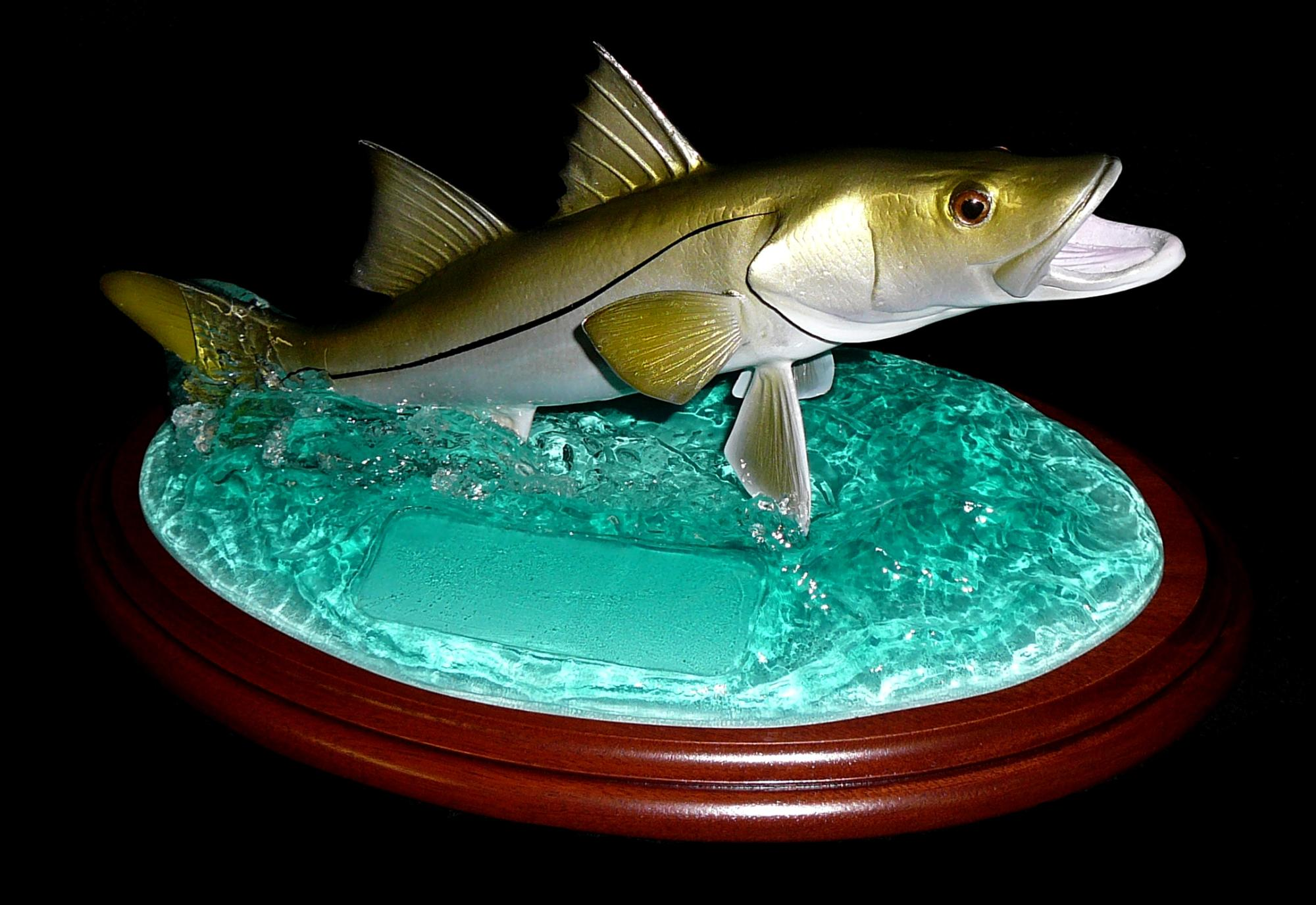 snook_trophy_open_mouth_and_gills.jpg